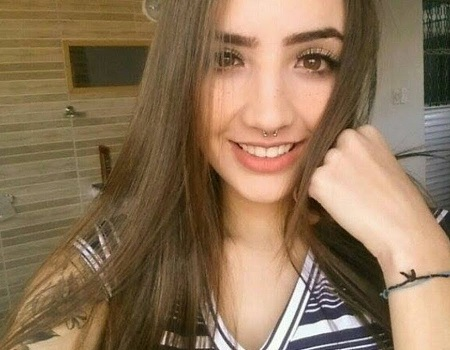 Aline Faria pelada pack de fotos